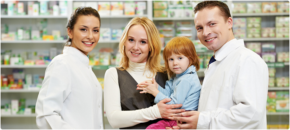 two pharmacist together with a mother and her daughter